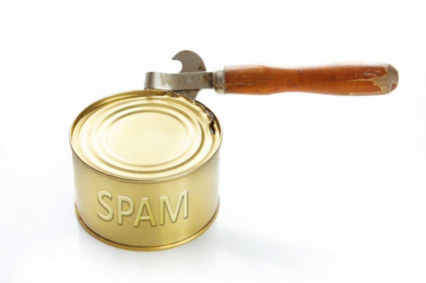 INTERNET CAFE – SPAM'S ON THE MENU AGAIN!